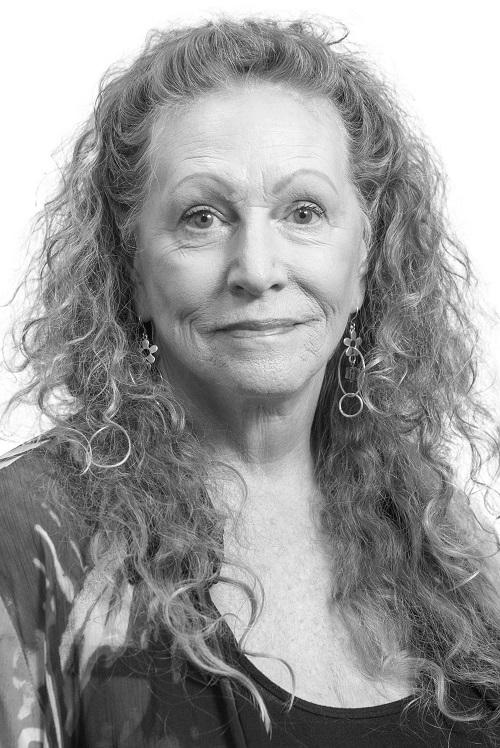 Melinda Renner